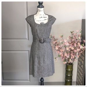 💕Beautiful Ann Taylor Career Belted Dress💕